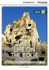 LIFE ON THE EDGE -WITH ONLINE ACCESS-