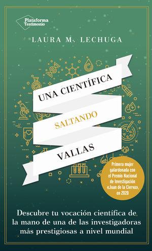 CIENTÍFICA SALTANDO VALLAS, UNA