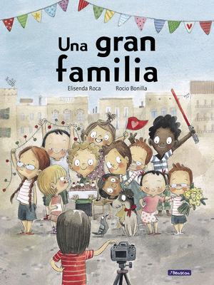 GRAN FAMILIA, UNA (CASTELLANO)