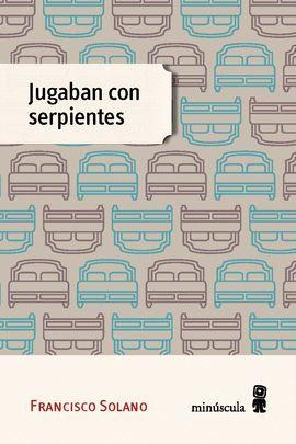 JUGABAN CON SERPIENTES